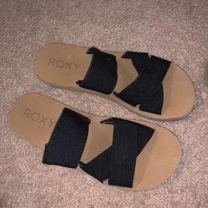 Roxy slides size 7